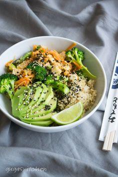 Vegan Lemongrass & Coconut Tofu Quinoa Bowl, with Broccoli, Asparagus, Carrot, Avocado & Sesame Seeds.
