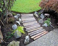 dsc DIY: Garden pallets walkway in pallet garden with Pallets Garden DIY Pallet Ideas Wood Walkway, Outdoor Walkway, Outdoor Decor, Wooden Pathway, Wood Path, Backyard Walkway, Outdoor Living, Walkway Lights, Concrete Walkway