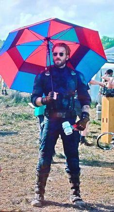 I'm sad it's gonna be gone in Avengers 4 – I'm sad STEVE ROGERS is gonna be gone. I'm sad it's gonna be gone in Avengers 4 – I'm sad STEVE ROGERS is gonna be gone. Marvel 3, Marvel Actors, Marvel Funny, Marvel Memes, Capitan America Chris Evans, Chris Evans Captain America, Captain America Funny, Captain Tsubasa, The Avengers
