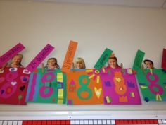 Birthday calendar in the form of a gift! - Birthday calendar in the form of a gift! Birthday Wall, Birthday Cards, Happy Birthday, First Day School, Beginning Of The School Year, School Classroom, Classroom Decor, Busy Boxes, Birthday Calendar