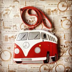 #volkswagent1 #leatherpurse by #krukrustudio #hippiebus #transporter #leatherbag #volkswagentransporter #leatherclutch