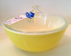 Pyrex Yellow 4 Qt Mixing Bowl with Lid c. 1950s by JaybirdFinds, $30.00