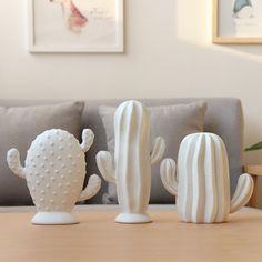 Cactus Ceramic, Ceramic Flowers, Ceramic Decor, Ceramic Vase, Clay Projects, Clay Crafts, Decoration Cactus, Cerámica Ideas, Soap Carving