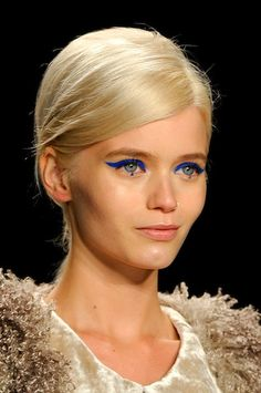 Dots under the iris seem to be popular on the runway
