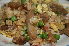 Step by step, how to make fried rice.