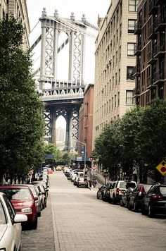#Brooklyn #BrooklynAttractions #ThingsToDoInBrooklyn #BrooklynLandmarks #BrooklynBridge