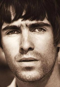 The Best Britpop Music Website! Gene Gallagher, Lennon Gallagher, Liam Gallagher Oasis, Liam Oasis, Alan White, Liam And Noel, Beady Eye, Stone Roses, Britpop