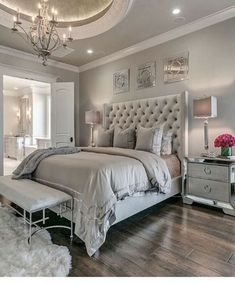 36 Fabulous Luxury Bedroom Design Ideas With Classy Looks - A number of interior designers have had successes from previous designs that capture the plain white room into something that can distract an owner de. Modern Master Bedroom, Master Bedroom Design, Cozy Bedroom, Minimalist Bedroom, Trendy Bedroom, Home Decor Bedroom, Master Suite, Bedroom Furniture, Master Bedrooms
