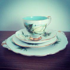 Roslyn Wheatcroft Roses Virgo Trio & Cake Plate