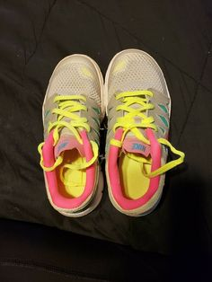 huge discount 014b3 f1f7f NIKE Free 5.0 Running Shoe Gray Pink Size 1.5Y  fashion  clothing
