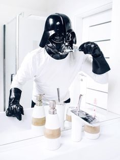 Photographer Pawel Kadysz has just launched a new 365 project, dedicated to very banal everyday life of Darth Vader, one of the iconic characters from the Sta