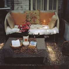 Retro-Boho Porch Furniture + Home Furnishings, outdoor spaces; photo by 钠钠 on flickr