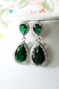 100+ Stunning Diamond Wedding Jewelry Sets Trends http://femaline.com/2017/04/15/100-stunning-diamond-wedding-jewelry-sets-trends/