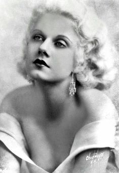 Dedicated to the original blonde bombshell Jean Harlow. Old Hollywood Glamour, Golden Age Of Hollywood, Vintage Hollywood, Hollywood Stars, Classic Hollywood, Jean Harlow, Old Movie Stars, Classic Movie Stars, Madonna