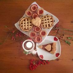 Crostata di albicocche e bocconcini di mela cotogna ❤ #homesweethome #home #myhome #casa #instafood #food #_sweetseason #home_manufacturer #crostata #albicocche #instadolce #instatorte #instagood #bakery #goodnight #autumn