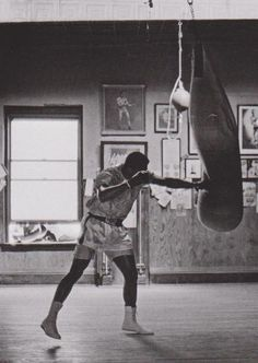 Now that's inspiration Muhammad Ali, 1966