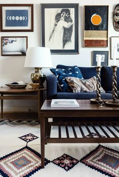 If the homeowner hadn't revealed she designed this space on a budget, we would have thought this room was put together by a pricey designer!