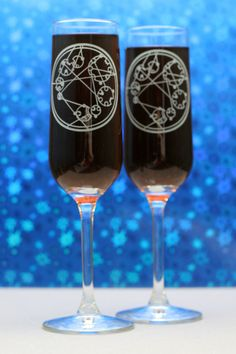 Custom Gallifreyan Writing Doctor Who Inspired Etched Champagne Flutes (set of 2), Doctor Who Wedding, Wedding gift, toasting flutes