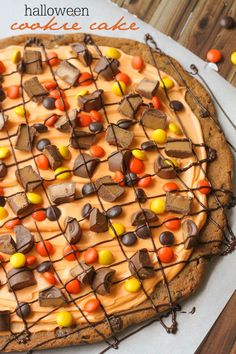 Simple and delicious Halloween Cookie Cake recipe on { lilluna.com }