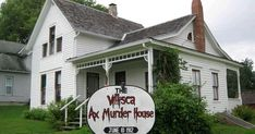 Source Have you ever heard the story of the Villisca Axe Murders committed in Iowa in It's a creepy, sinister story. *Warning: if. Criminal Profiling, World 7, Creepy Stories, Criminal Minds, Serial Killers, Axe, Iowa, Crime, Mystery