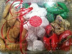 Christmas assortment of fresh Italian cookies  www.mommamias.com