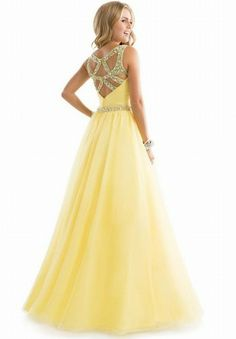 Shop long prom dresses and formal gowns for prom 2020 at PromGirl. Prom ball gowns, long evening dresses, mermaid prom dresses, long dresses for prom, and 2020 prom dresses. Tulle Ball Gown, Tulle Prom Dress, Ball Gown Dresses, Dance Dresses, Homecoming Dresses, Dress Up, Party Dress, Chiffon Dress, Quinceanera Dresses