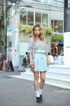 Ai Yamaguchi in Harajuku wearing Balenciaga, HISUI, LIBRARY BRASS, STELLA McCARTNEY | Fashionsnap.com