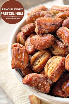 Quick to make, easy on the pocketbook and delicious, it doesn't get any better than that. This is an easy to make and easy on the pocketbook snack the whole family will love. Enjoy! Sweet Potatoe Bites, Potato Bites, Jam Recipes, Appetizer Recipes, Amish Recipes, Bacon Recipes, Drink Recipes, Healthy Crackers, Beef Dip