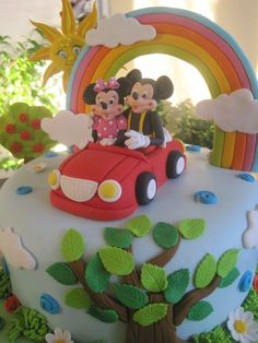 mickey and minnie Mickey And Minnie Cake, Bolo Mickey, Minnie Mouse Cake, Mickey Mouse, Rainbow Birthday Party, 4th Birthday Parties, Disney Cakes, Fondant, Cake Gallery
