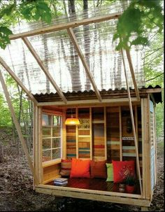 DIY Gartenlaube aus Altholz DIY gazebo made of old wood A dream house made of wood in the mountains. Outdoor Spaces, Outdoor Living, Outdoor Lounge, Diy Gazebo, Garden Gazebo, Pergola Patio, Pergola Plans, Cool Tree Houses, Diy Tree House