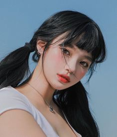 Human Poses Reference, Hair Reference, Photo Reference, Aesthetic People, Aesthetic Girl, Korean Beauty, Asian Beauty, Korean Girl Photo, Uzzlang Girl