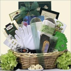 All Natural Hand & Foot Speciality Spa: Mother's Day Spa Gift Basket | highstylegiftbaskets.com