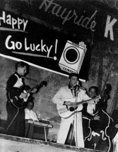 LOUISIANA HAYRIDE - 1955 - Scotty Moore with ES 295 guitar & Elvis Presley with Martin D18 guitar