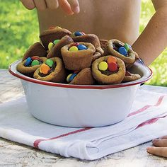 These are great for cookie swaps-use red and green Ms...be sure they fully cool before you try to take out!