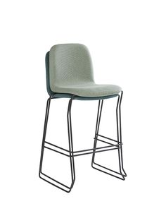 Barchair Quin stackable and upholstered. The perfect barchair for your bar or restaurant, very comfortable and easy to store.