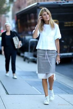 Уличная мода: Уличный стиль недели моды в Нью-Йорке сезона весна-лето 2016