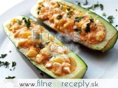 Pikantní cukety s chilli cottage sýrem Cottage Cheese, Zucchini, Good Food, Food And Drink, Fitness, Vegetables, Invite, Foods, Summer Squash