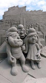 Cuba, Egypt, France, Italy and the Netherlands: Zandsculpturen op de Boulevard van Scheveningen