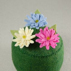 Decorative Wool Felt Daisy Sewing Pins
