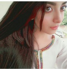 Cute Girl Poses, Cute Girl Photo, Girl Photo Poses, Girl Photos, Cute Girls, Cool Girl, Pakistani Girl, Pakistani Actress, Beautiful Girl Image
