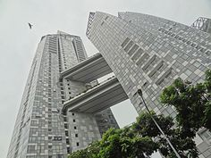Keppel Bay, Singapore by Studio Libeskind. Blog post: Freeways in the sky