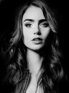 Dark Theme ..... Lily Collins