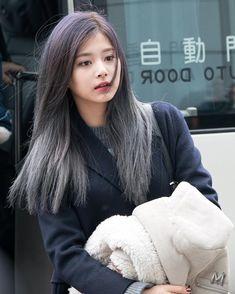 Tzuyu - All For Hair Color Balayage Nayeon, Kpop Girl Groups, Korean Girl Groups, Kpop Girls, Beautiful Asian Girls, Most Beautiful Women, Cute Girls, Cool Girl, Twice Tzuyu