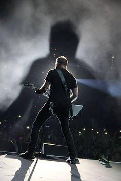 James Hetfield ..