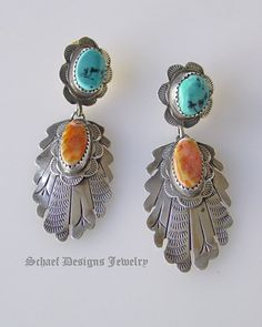 Old pawn Blue Turquoise & orange spiny oyster shell & Stamped Sterling Silver POST Earrings Black Gold Jewelry, Sterling Silver Jewelry, Antique Jewelry, Southwest Jewelry, Southwest Style, American Indian Jewelry, Orange And Turquoise, Wing Earrings, Best Jewelry Stores