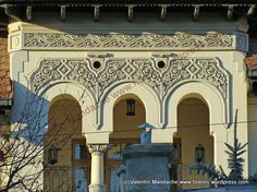 1930s Neo-Romanian style pediment, Bucharest
