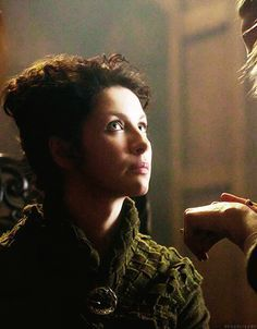 Outlander TV Series costumes   ... into makeup on set of Outlander! (Outlander Starz via Instagram