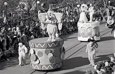 Step In Time: Christmas Parade at Magic Kingdom Park in 1977 « Disney Parks Blog