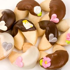 Wedding Gourmet Fortune Cookies- these classic cookies come individually wrapped and are available in bulk.  They're adorable and affordable additions to your #wedding decor. http://www.favorfavor.com/page/FF/PROD/FCT2-CS-IW