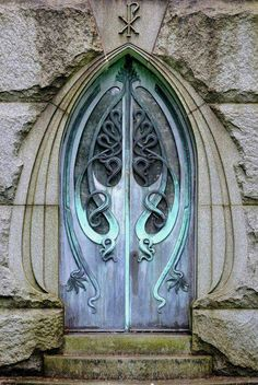 Photos Blend of Architecture with Art Nouveau. At this time it was a revolutionary movement where there was a strict barrier between pure art and art. Art Nouveau focuses more on the concept of und… Cool Doors, The Doors, Unique Doors, Windows And Doors, Gothic Windows, Metal Doors, Arched Windows, Front Doors, Architecture Art Nouveau